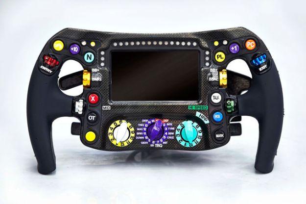 W05 steering wheel